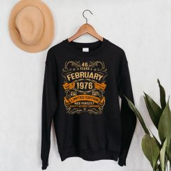 46 Year Old Vintage February 1976 Gift 46th Birthday Party Long Sleeve T Shirt